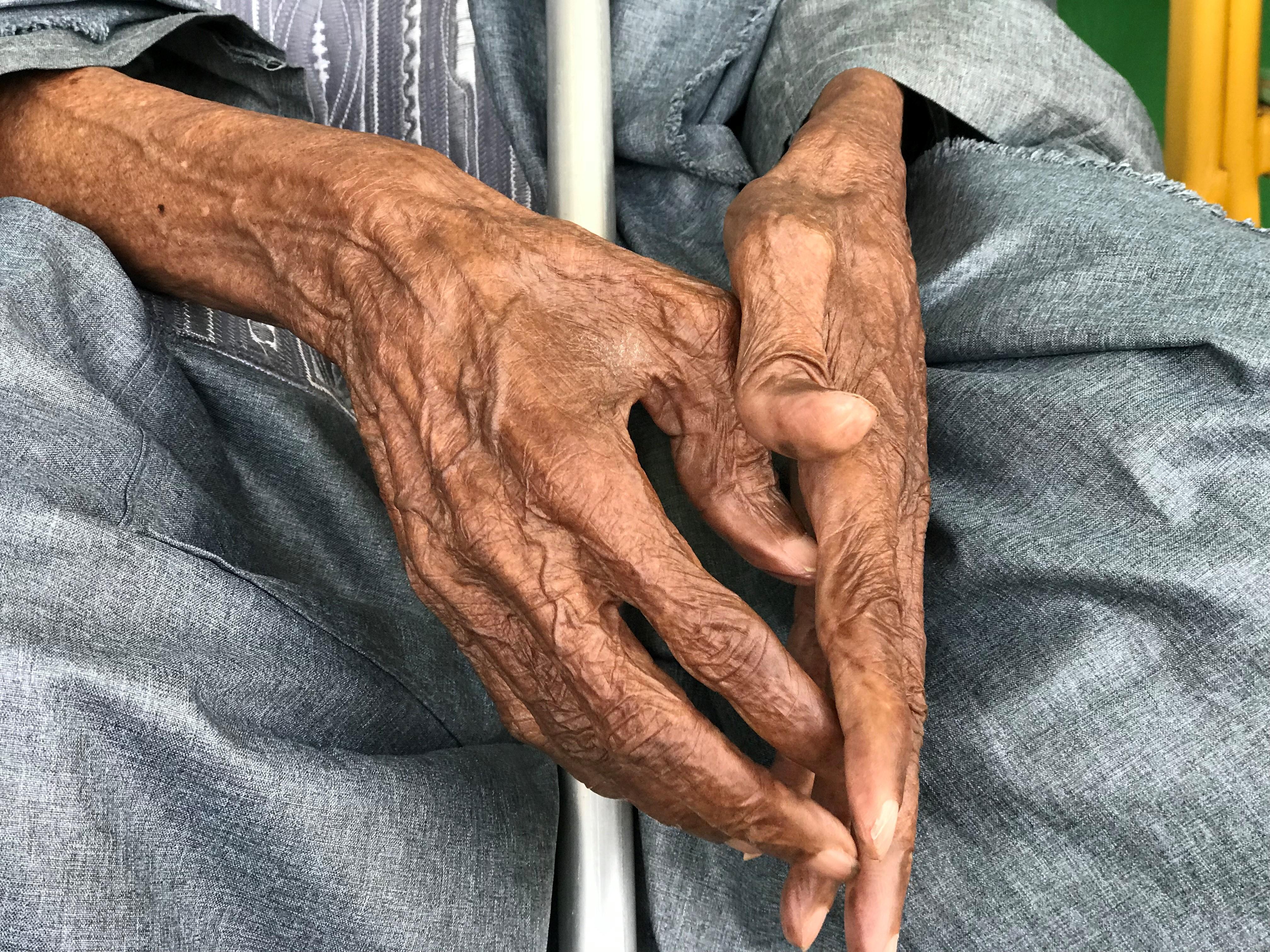 Anciano de mas de 100 años