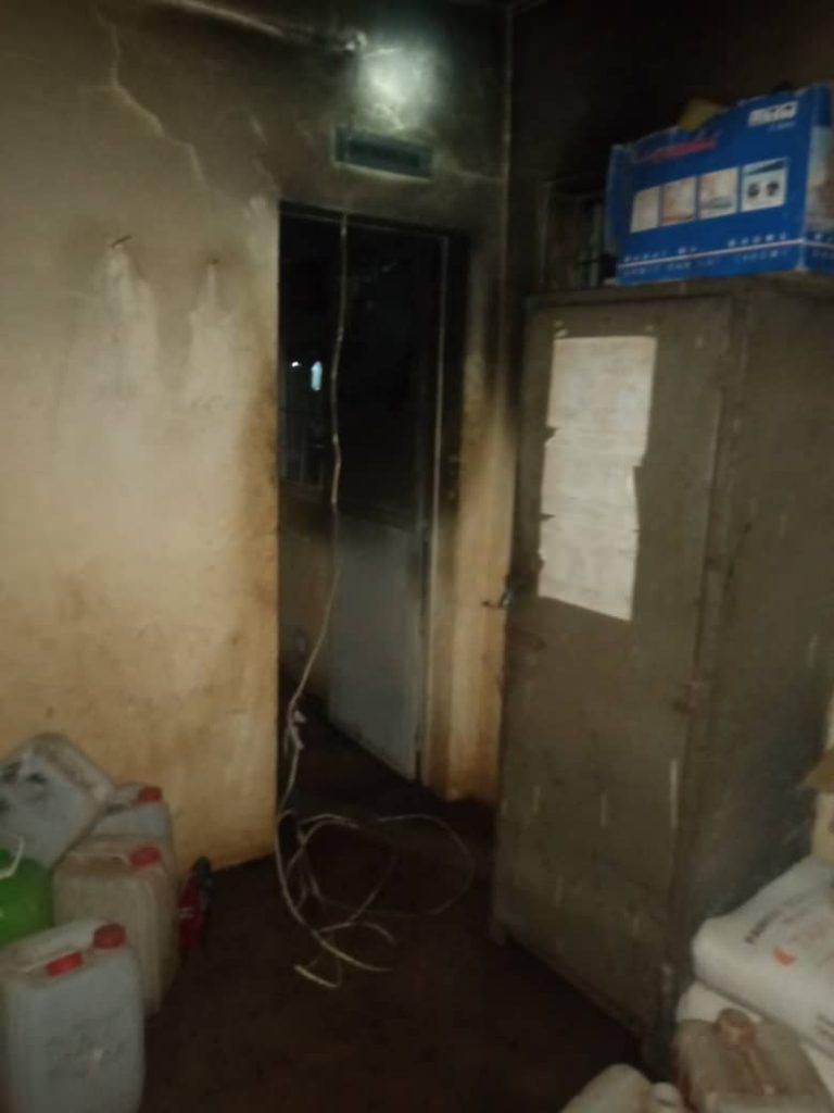 Un Incendio destruyó la enfermeria que ya era precaria